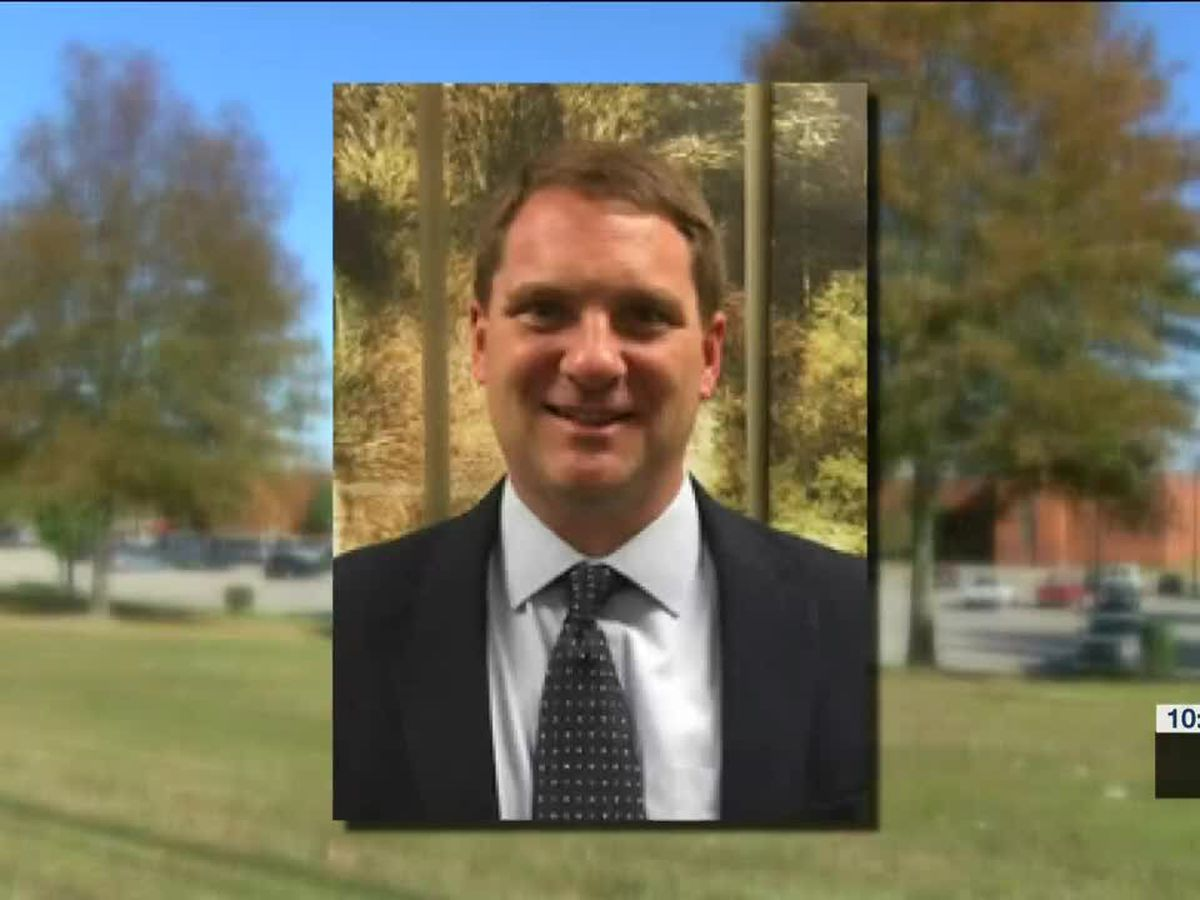 Lawsuit filed against SCS after principal placed on leave, violates free speech
