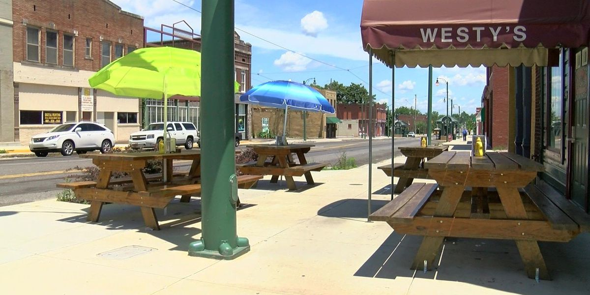 Westy's hosting annual free Christmas dinner