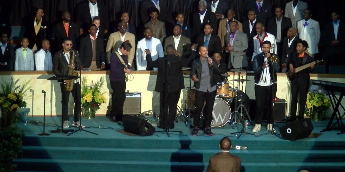 Whalum brothers perform together for first time at Memphis church