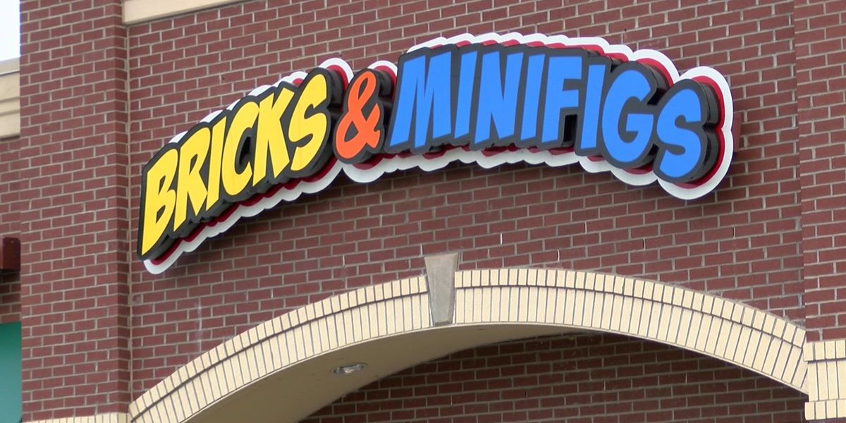 LEGO store moves to Collierville