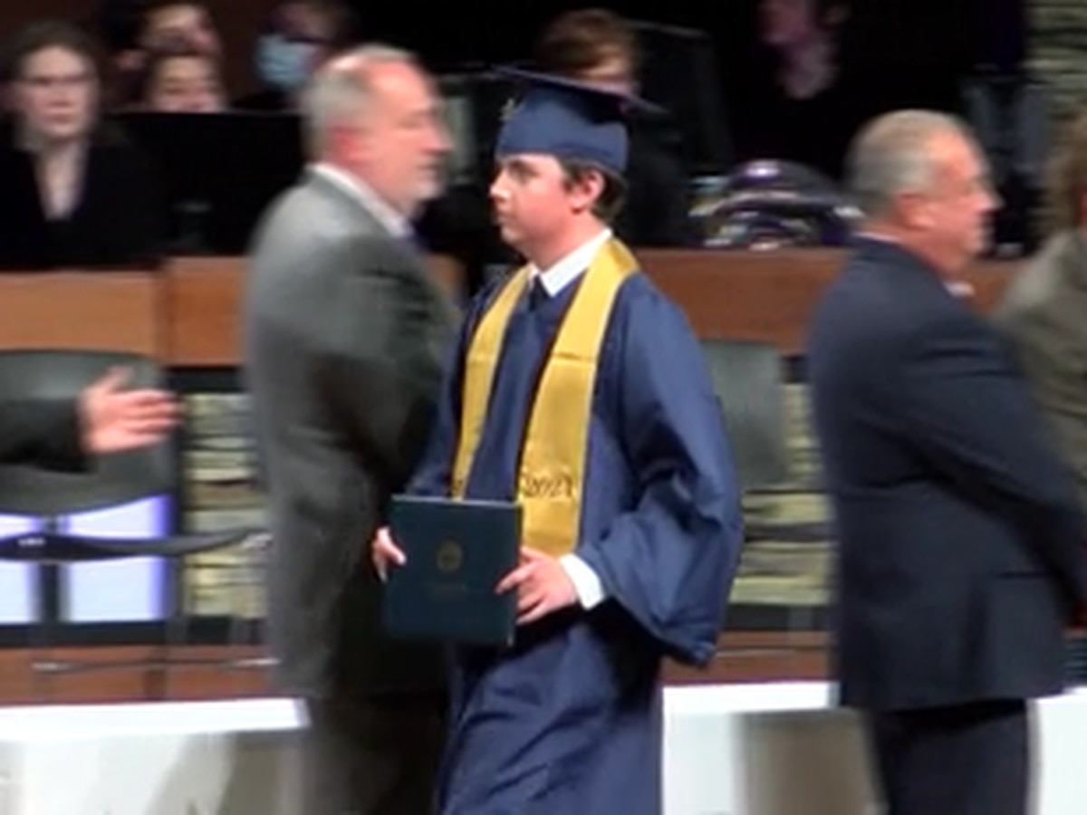 Tennessee student graduates after surviving sled accident