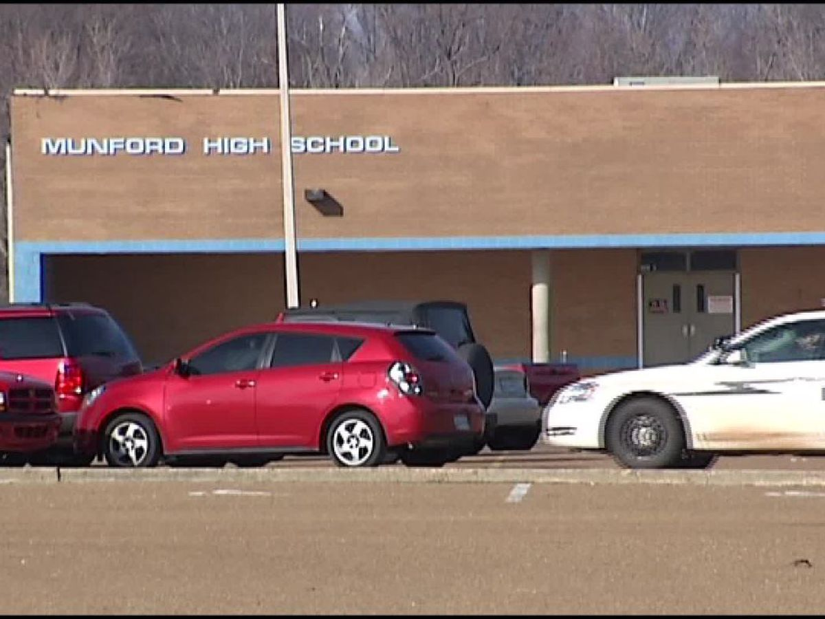 Person in custody after entering Munford High School without permission