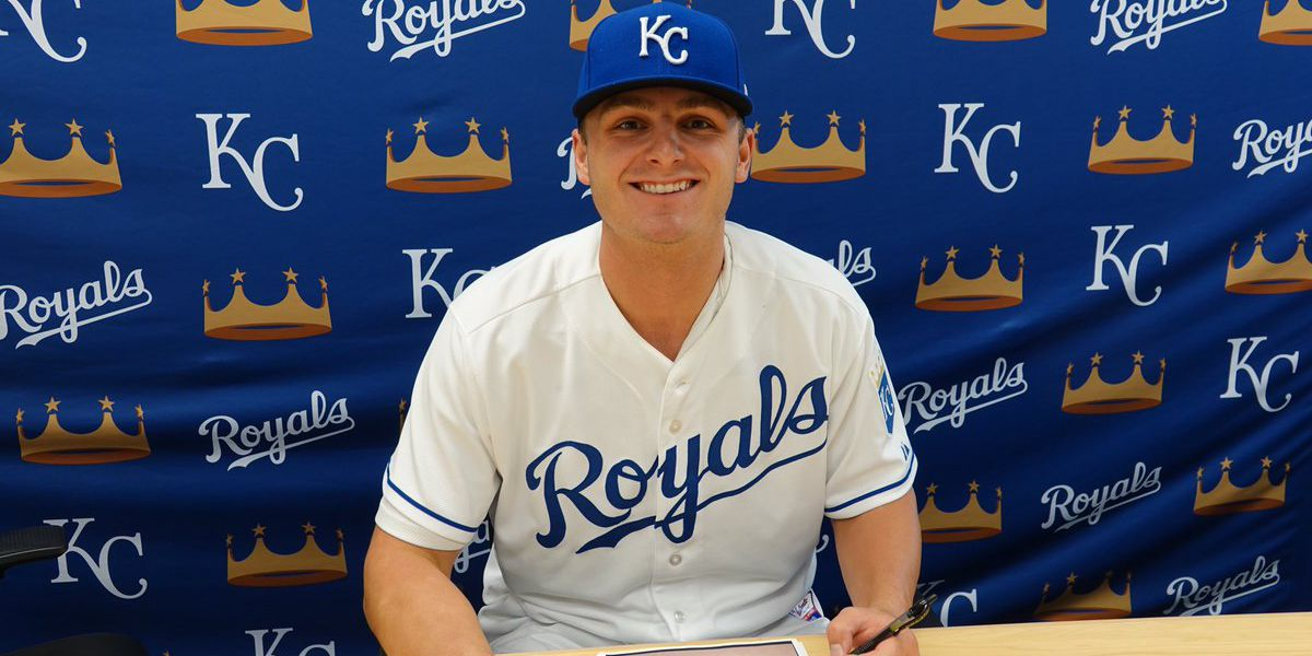 Former Memphis pitcher inks deal with Kansas City Royals