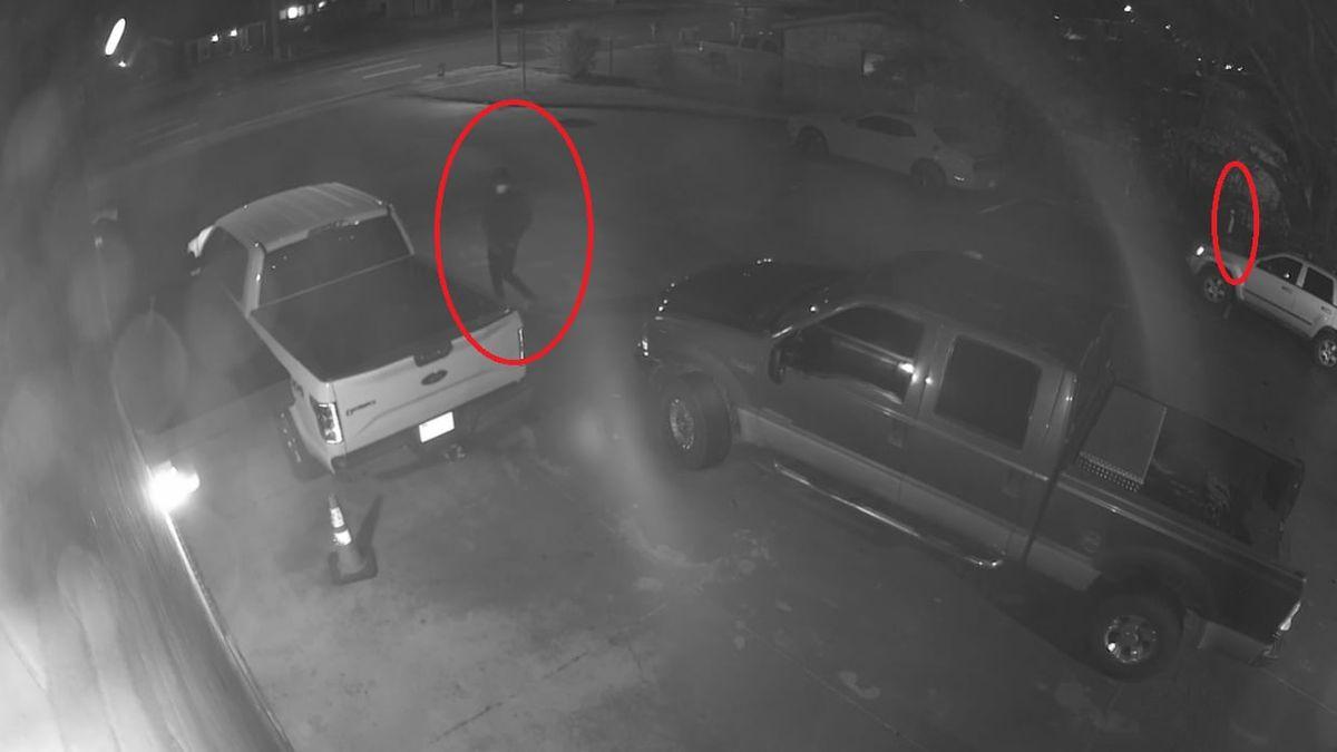 Car burglars hit another Memphis fire station