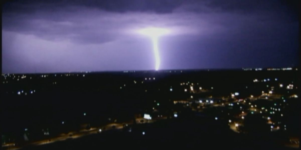 Breakdown: Flash! Boom! Why lightning leads to thunder
