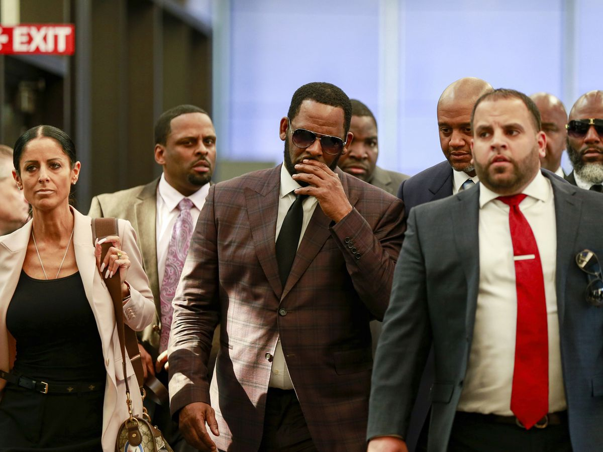 R. Kelly appears in court as prosecutors turn over 'pornographic' DVD