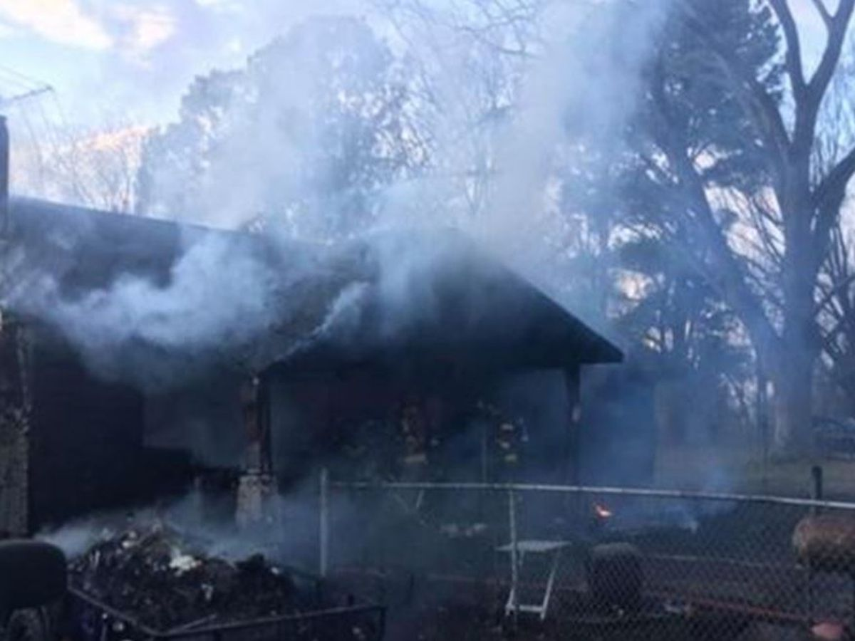 Firefighters repond to house fire in Millington