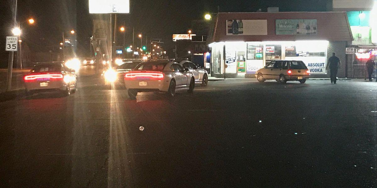 Man shot near liquor store on Summer Ave.